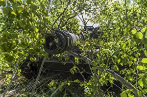 Bureaubladachtergronden Tank Leopard 2 Boomtakken Een blad Camouflage Leopard 2A6