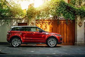 Papel de Parede Desktop Land Rover Vermelho Metálico Lateralmente 2016 Range Rover Evoque HSE Dynamic Carros