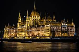 Bilder Ungarn Budapest Haus Flusse Nacht Hungarian Parliament Städte