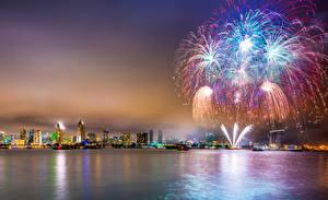 Fotos Vereinigte Staaten Haus Feuerwerk Ozean San Diego Nacht