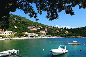 Hintergrundbilder Griechenland Küste Haus Boot Corfu Städte
