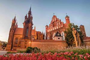 Bilder Litauen Tempel Skulpturen Vilnius Turm