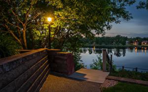 壁纸、、アメリカ合衆国、公園、湖、夜、街灯、Ladysmith Wisconsin、自然