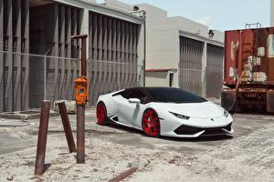 Fotos Lamborghini Weiß Huracan LP610-4 Vellano MC Autos