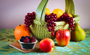 Pictures Apples Pears Currant Blackberry Fruit Wicker basket