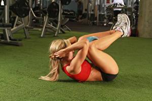 Hintergrundbilder Fitness Bein Blondine Mädchens