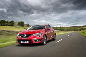 Tapety na pulpit Renault Drogi Czerwony Metaliczna Jedzie  Samochody
