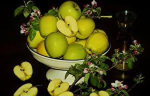 Hintergrundbilder Äpfel Viel Ast Schwarzer Hintergrund Lebensmittel