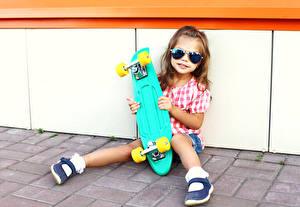 Pictures Skateboard Little girls Glasses Legs child