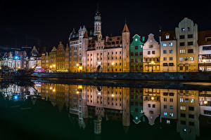 Picture Poland Building Rivers Gdańsk Night Cities