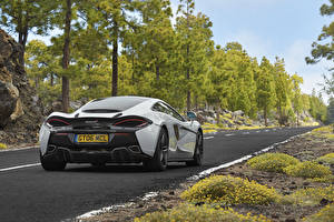 Image Roads McLaren Back view 570GT Cars
