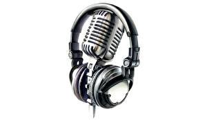Tapety na pulpit Zbliżenie Białe tło Słuchawki Mikrofonem Muzyka