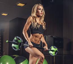 Fotos Fitness Blondine Hantelstange Uniform Bauch Mädchens Sport
