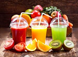 Picture Drinks Tomatoes Orange fruit Kiwifruit Highball glass Three 3 Food