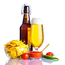 Wallpaper Still-life Beer Tomatoes Bottles Stemware Chips Ketchup Foam White background Food