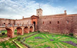 Image Spain Castles Barcelona Lawn Montjuic Castle Cities