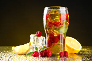 Pictures Drinks Raspberry Lemons Highball glass Ice Food