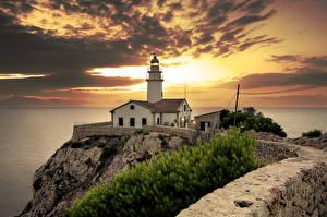 Fotos Spanien Küste Leuchtturm Sonnenaufgänge und Sonnenuntergänge Himmel Mallorca Wolke Cala Ratjada Natur
