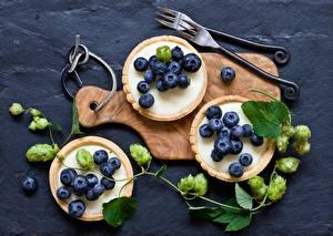 Hintergrundbilder Beere Heidelbeeren Törtchen Drei 3 Ast Lebensmittel