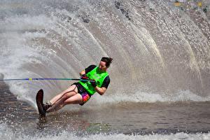 Fonds d'écran Surf Mer Eclaboussures Sport Filles