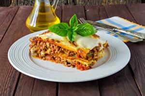 Bilder Die zweite Gerichten Lasagne Teller