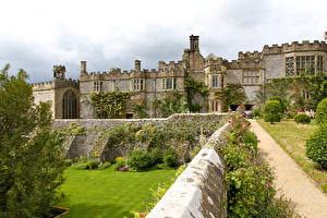 Image England Gardens Palace Haddon Hall and gardens Cities