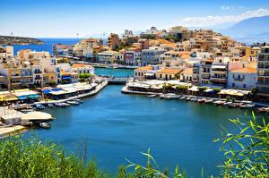 Fotos Griechenland Küste Haus Bootssteg Boot Motorboot Agios Nikolaos Crete Städte