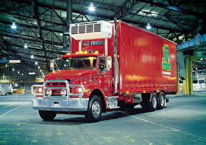 Images Lorry Red Sterling LT7500 automobile
