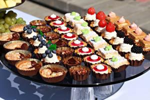 Hintergrundbilder Süßigkeiten Törtchen Viel Lebensmittel
