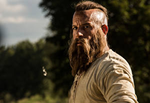 Bakgrundsbilder på skrivbordet Vin Diesel En man The Last Witch Hunter Skäggig Filmer Kändisar