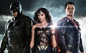 Bakgrunnsbilder Kriger Batman superhelt Supermann helten Batman v Superman: Dawn of Justice Henry Cavill Ben Affleck Gal Gadot Tre 3 Film Unge_kvinner Kjendiser