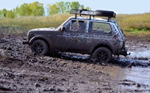 Pictures Russian cars Lada Mud Side Russian Niva VAZ 2121