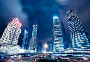 Fotos Shanghai China Gebäude Wolkenkratzer Wege Nacht Städte