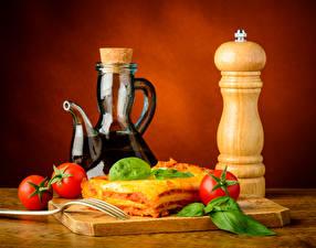 Hintergrundbilder Stillleben Backware Tomaten Lasagne Kanne