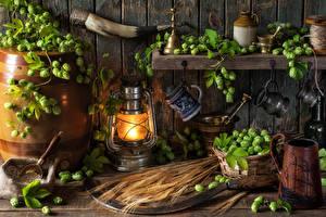 Fotos Stillleben Bier Fass Echter Hopfen Petroleumlampe Becher Lampe Ähre Lebensmittel