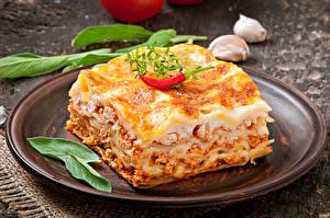 Fotos Die zweite Gerichten Paprika Lasagne Teller