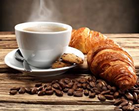 Bilder Kaffee Croissant Tasse Getreide Frühstück Untertasse Dampf Lebensmittel