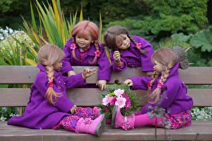 Hintergrundbilder Park Sträuße Puppe Kleine Mädchen Bank (Möbel) Sitzen Grugapark Essen Natur