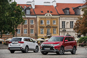 Pictures Mitsubishi Two Metallic 2015-16 Outlander Cars