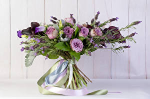 Fotos Blumensträuße Lavendel Rose Band Blumen