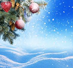 Hintergrundbilder Feiertage Neujahr Ast Kugeln Schnee Schneeflocken Zapfen