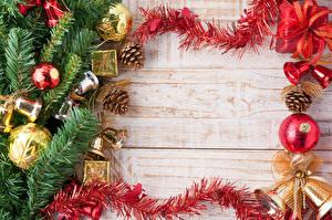 Bilder Feiertage Neujahr Ast Kugeln Bretter Zapfen Vorlage Grußkarte