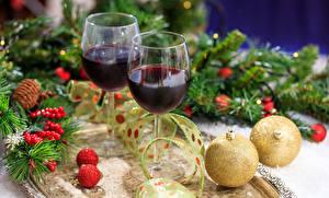 Bilder Neujahr Wein Weinglas Ast Kugeln 2 Lebensmittel
