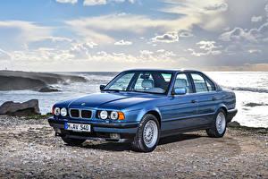 Desktop wallpapers BMW Coast Light Blue 1992-95 540i Cars