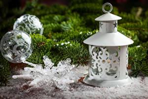 Hintergrundbilder Feiertage Neujahr Ast Kugeln Schneeflocken Laterne