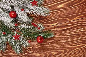 Bilder Feiertage Neujahr Bretter Ast Kugeln Schnee