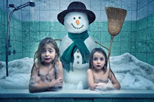 Images Creative Little girls 2 Bathroom Snowmen Hat Foam Children Humor