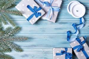 Bilder Neujahr Geschenke Schleife Band Ast