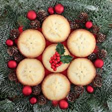 Fotos Neujahr Backware Beere Muffin Ast Kugeln Zapfen Lebensmittel
