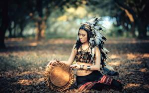 Bilder Asiatische Indianer Uniform Mädchens